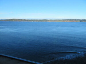 Condo to rent in Campbell River - 2br, sea views, 1614ft2