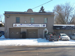 Fantastic Commercial Space Close to Downtown Stratford
