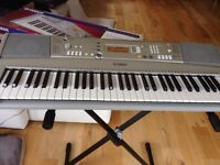 Yamaha Electric Organ E303 with stand