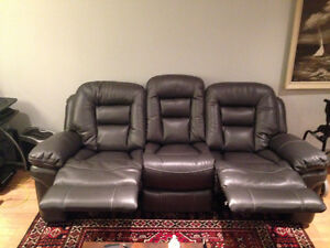 Brand new reclining couch *****