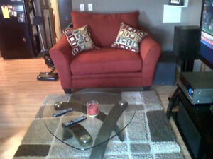 Red love seat & chair