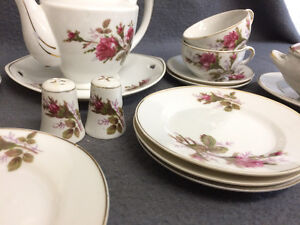Collectible Antique Small Tea Cup Setting For 6 London Ontario image 5