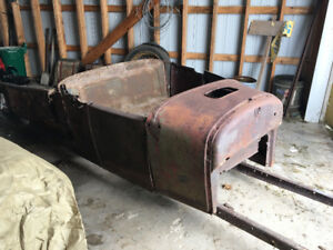 1926 1927 Ford Model T Roadster Pick-up Body and Frame