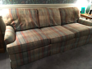 """83"""" Sofa.  Good construction, made by Lane in the U.S."""