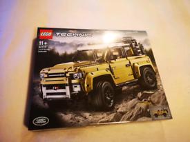 Lego Land Rover Defender 42110, BNIB Pristine unopened