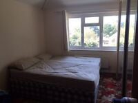 Large/DOUBLE ROOM TO RENT