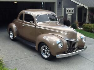Delux 1939 Ford Coupe