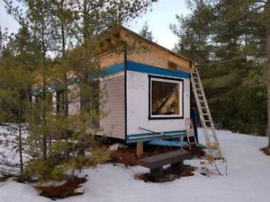 Chalet sur roues (tiny house) Projet a terminer