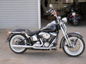 1998 Harley FLSTS Heritage Springer