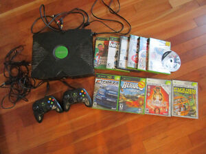 XBox, 2 controllers, 10 games