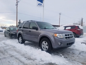 2008 Ford Escape XLT FWD ***EXTREMELY LOW MILEAGE ***