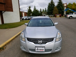 2012 Nissan Altima 2.5 S only 40000KM LIKE new & Winter Tires