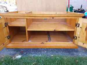 Great Wall unit and it's solid wood !! Kitchener / Waterloo Kitchener Area image 3