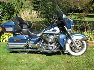 2005 HARLEY DAVIDSON FLHTCUI ULTRA CLASSIC only 17K mls