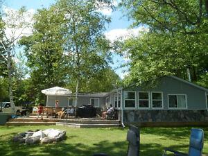 Beautiful cottage on Buckhorn lake. $1,500.00/ Week
