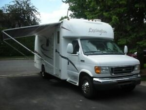 2007 Forest River Lexington 255 Classe B+ 26 pieds