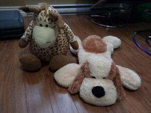 2 big plush toys Giraffe and Puppy
