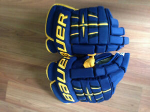 Bauer Pro 4 Roll Hockey Gloves (Senior)