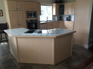 Used Oak Kitchen Cabinets and laminated countertops