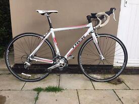 Trek Alpha Aluminium/Carbon Road Bike