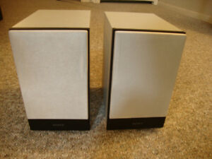 SONY Bookshelf Speaker - 2-Way System