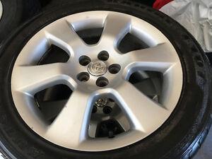 Mags Toyota Matrix/corolla + pneu 215/50/R17