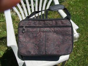Delsey Roller bag, Garment bag and briefcase London Ontario image 9
