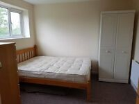 Newly refurbished double room in Wildwood, Woodside