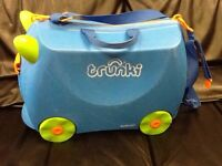 Kids Trunki suitcase
