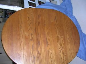 Mennonite made solid oak dining room table and 6 chairs Stratford Kitchener Area image 3