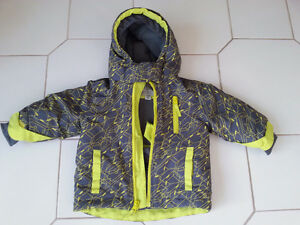 Children's Place Jacket size 12-18m