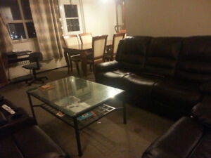 Room for RENT - NOW Near MOHAWK COLLEGE