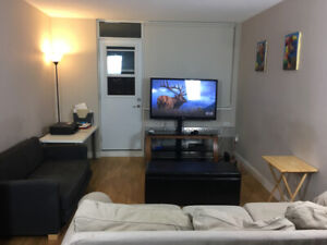 Unfurnished room for rent in 2 bedroom, 1 bathroom apartment.