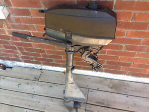 2.5 Mariner outboard $325 firm