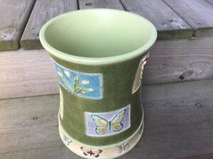 Butterfly Pot Holder/ Paper Bin