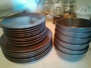 ikea dishes + home decor 10.00