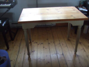 Computer table, 26inches