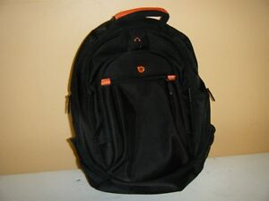 carrying case/backpack style for laptops