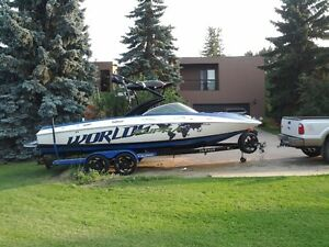 2012 Supra Launch 242 WORLDS EDITION wake boat