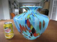 ***SOLD*** LARGE Vintage Italian Art Glass Vase Murano ?