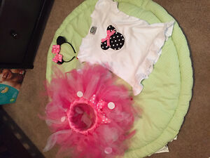 Minnie Mouse tutu outfit