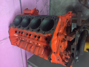Chevy small block 400ci block