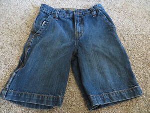 4 pairs boys size 6 denim shorts EUC Kitchener / Waterloo Kitchener Area image 3