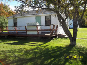 Cottage for Sale in Grand Lake