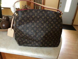 New large purse.