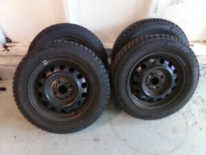 Mint Studdable Weathermaxx Arctic Winters 175/65 R14