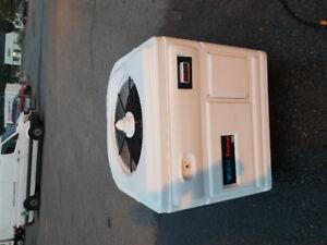 Thermopompe de piscine Watercoo 105000btu entièrement réviser!