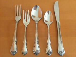 Oneida 5-Piece Stainless Place Settings - Old Baroque Windsor Region Ontario image 1