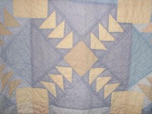 Antique Handmade Heirloom Quilt, Geese in Flight Pattern, Queen Kitchener / Waterloo Kitchener Area image 1