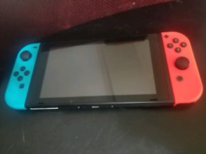 Selling Ninendo Switch + games